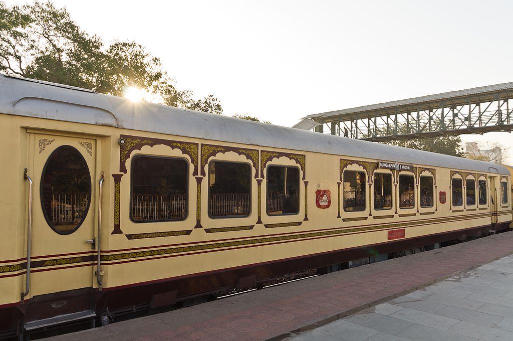 Palace On Wheels Train Holiday At Jaipur